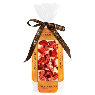 Chokodelika Шоколад белый узорный с украшением клубника (на подложке) 55 г