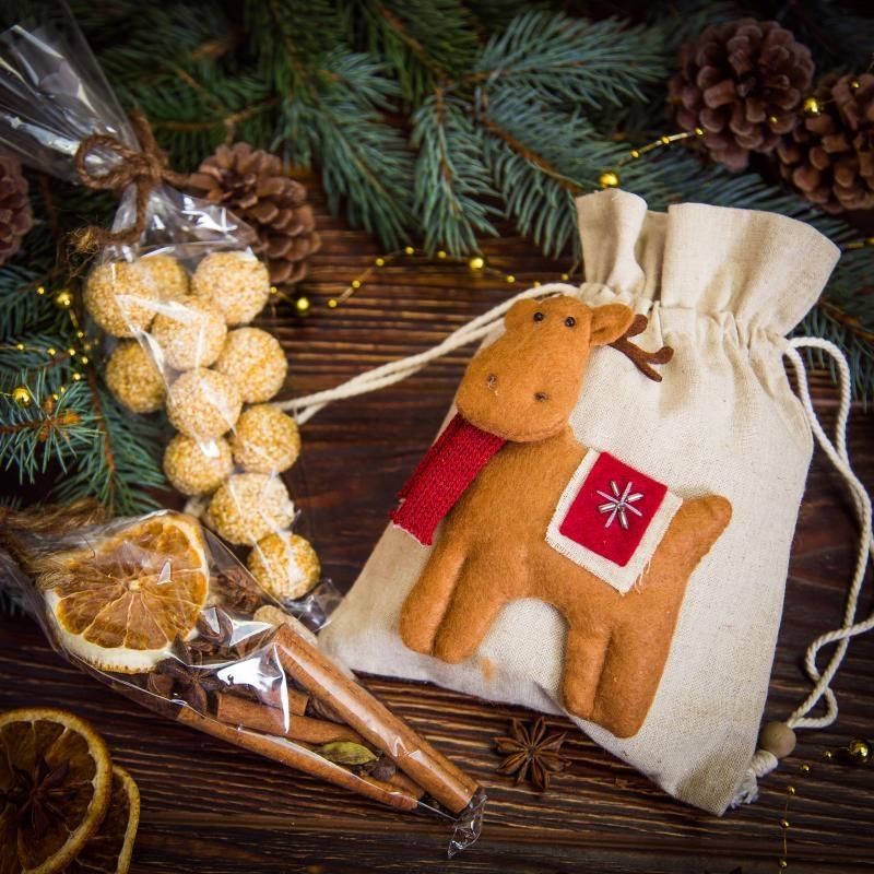Подарочный набор в льняном мешочке Веселый олень