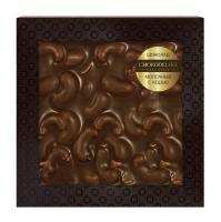 Неровный шоколад Chokodelika молочный с кешью (блистер)