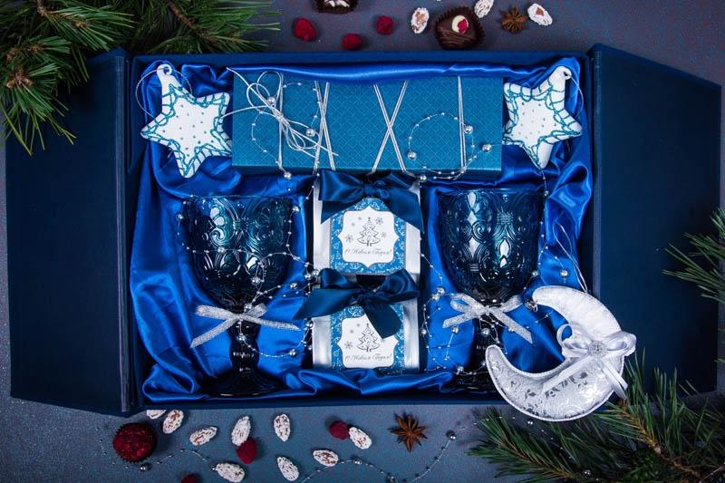 Подарочный набор в упаковке Элегант из дизайнерской бумаги синего цвета