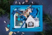 Подарочный набор в упаковке Фаворит Blue из гофры повышенной плотности голубого цвета