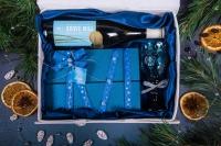 Подарочный набор в изящной упаковке Рептилия из белой кожи с велюром белого цвета