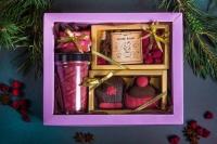 Подарочный набор в упаковке Фаворит-1 из гофры повышенной плотности сиреневый