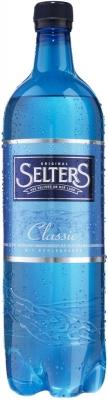 Вода Selters Classic газированная минеральная 0,5 л